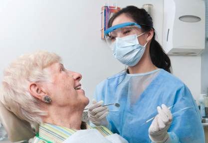 Odontogeriatría. Verdental, clínica dental en Torrejón